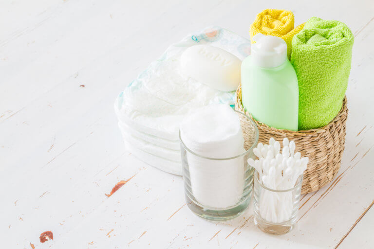 Een natuurlijke en gezonde verzorging voor jouw en baby's huid